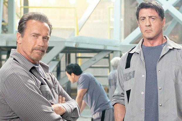 """""""Kaçış Planı""""nda Stallone ve Schwarzenegger imkansızı deniyor"""