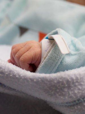 Erken doğumun nedenleri nelerdir?