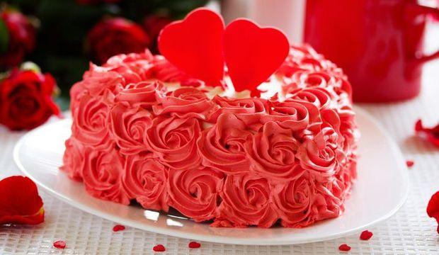 Pratik ve kolay sevgililer günü pastası