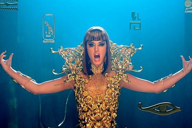 Katy Perry'den Kleopatra'lı klip