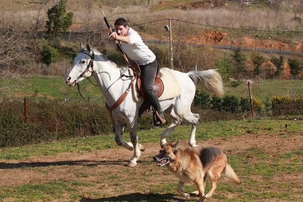 Issız Adam Cemal Hünal ile çiftlikte röportaj