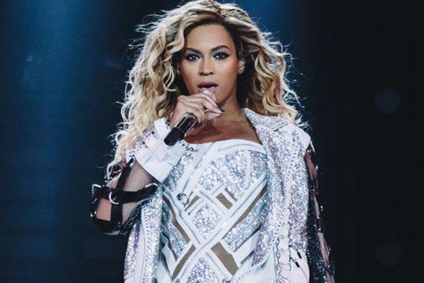 Beyonce şovuyla büyüledi