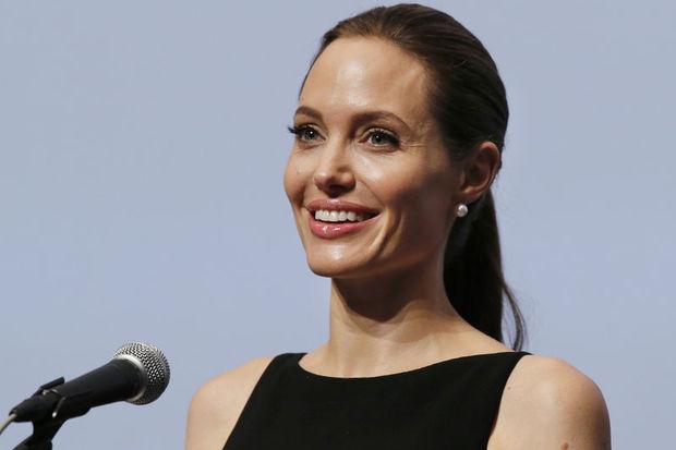 Angelina Jolie'den doktoruna teşekkür