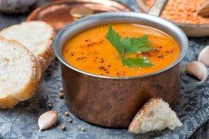 Kırmızı mercimek çorbası - Sıcacık kırmızı mercimek çorbasını bi...