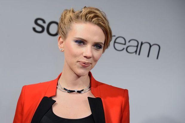 Scarlett Johansson'ın hamile olduğuna kim inanır?