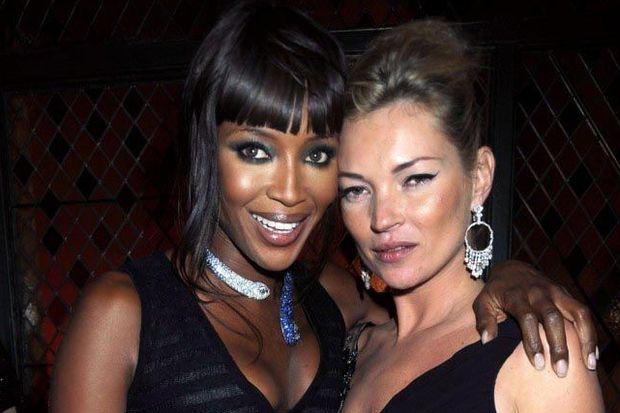 Naomi ve Kate'ten Bodrum kaçamağı