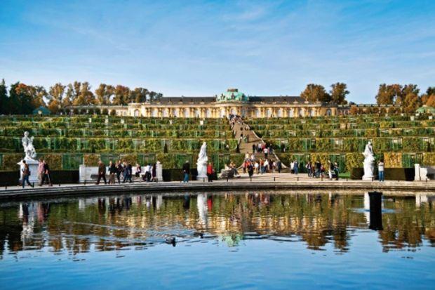 Berlin'e 1 saat uzaklıktaki şehir: Potsdam...