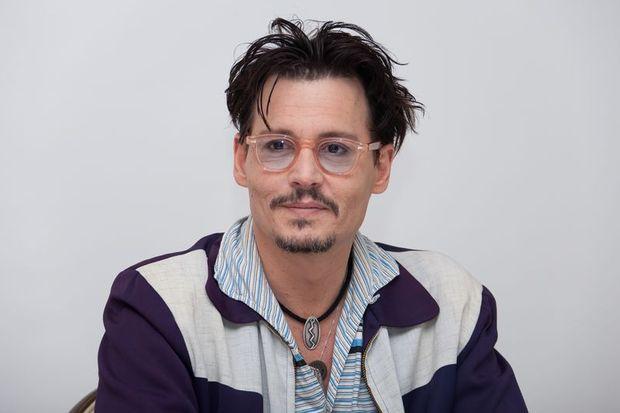"""Johnny Depp: """"100 çocuk yaparım!"""""""