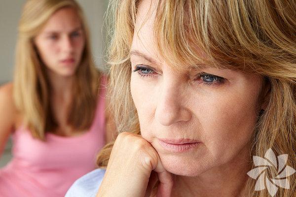 Ebeveynlerinizi affetmek, yetişkinlikte başarılması gereken    görevlerden biridir ve aslında çok zordur. Arkadaşlarımızda,   sevgilimizde,  patronumuzda ve hatta çocuklarımızda, ailemizden  bir  şeyler görürüz.
