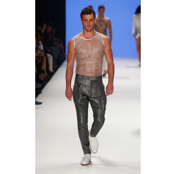 Caner Tanrıverdi, Best Model Turkey 2013 yarışmasında Türkiye'nin en yakışıklı erkeği seçildi.