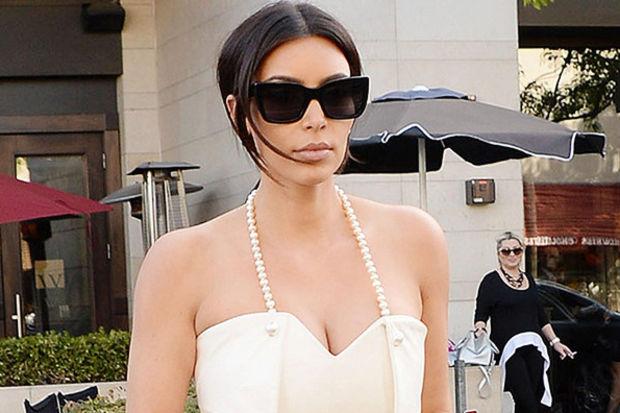 Kardashian'dan bekârlığa veda