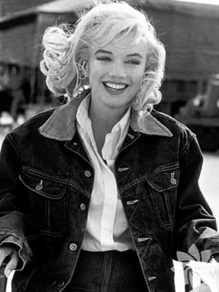Stil ikonuMarilyn Monroe'nun nasıl parçalar seçtiğini inceleyelim.