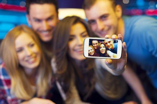 Selfie için 530 öneri geldi