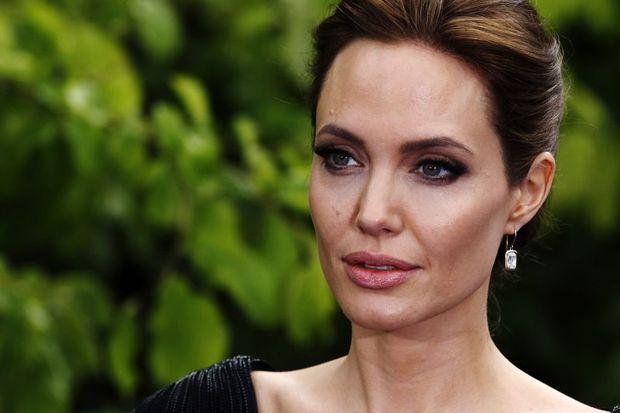 Angelina Jolie: Siyasete girebilirim