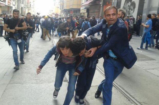 Taksim'de gözlatılar başladı