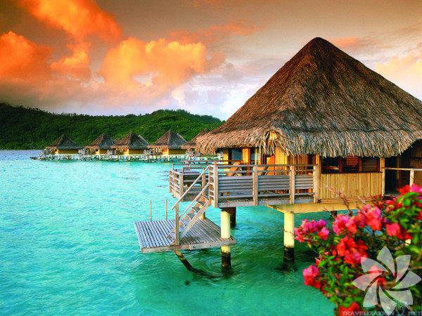 """Orijinal adı Tahiti dilinde ilk doğum anlamına gelen """"Pora Pora""""'dır."""