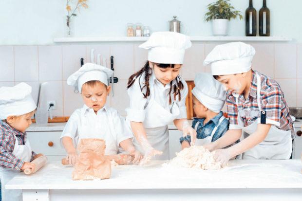 Çocuk şefler mutfakta