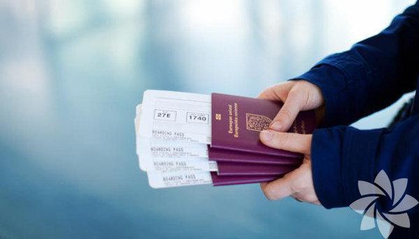 Yolculuk ve konaklama için: Uçak Biletleri, pasaport, cüzdan, fotoğraflı kimlik kartı, nakit para, seyahat çeki, otel, kiralık araba konfirmasyon kopyası, acil durumda aranacaklar listesi ve telefonları, kredi kartlarını ve seyahat çeklerini kaybetme ya da çaldırma riskine karşı aranacak yetkili birimin telefon numarası, düzenli kullandığımız ilaçlar ve ağrı kesici gibi ihtiyaç anında kullanılacak ilaçlar, İngilizce veya Fransızca sözlük, rehber kitaplar, haritalar, farklı tipteki priz başlıkları, telefon şarjı...