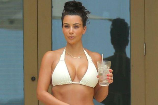 Kardashian Meksika'da balayında