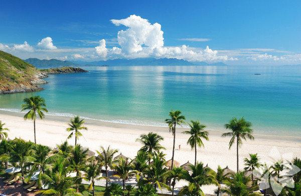 Vietnam, Güneydoğu Asya'da, Çinhindi Yarımadası'nın doğusunu kaplıyor.