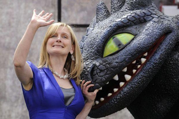 "Cowell: ""Hayalim ejderhanın sırtında uçmaktı"""
