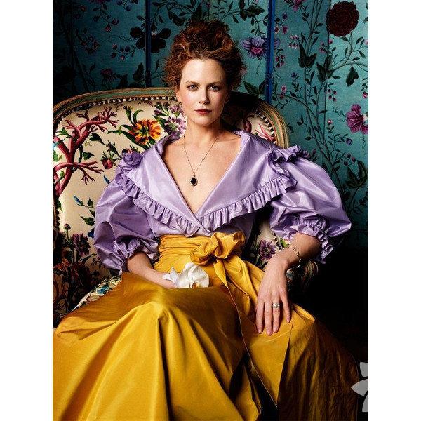 Nicole Mary Kidman 20 Haziran 1967 Havai doğumlu oyuncunun, çocukluğu Avustralya'da geçti.