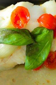 Domatesli mezgit balığı