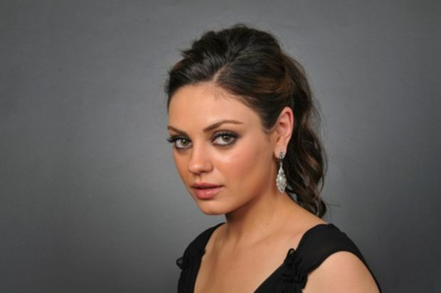 Mila Kunis kariyerine ara veriyor