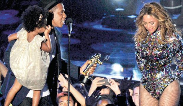 Eşinin yaptığı sürpriz Beyonce'yi ağlattı