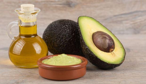 Kırılan tırnakların çözümü avokado yağı