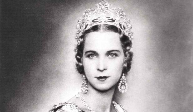 Zamanın Ötesinde: Kraliçe'nin Gardrobu