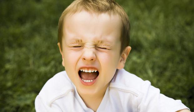 Çocuklarınızı ikna etmeyin duygularını anlayın