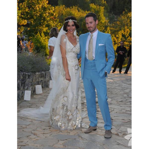 09 Eylül 2012 tarihinde evlenen Hande Ataizi ve Benjamin Harvey'in evlilikleri uzun süre konuşulmuştu.