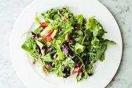 Küflü peynirli enginarlı salata