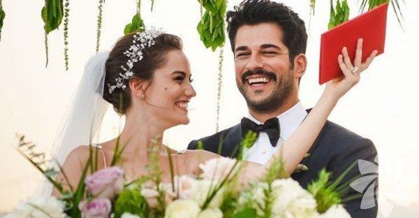 3yıldır birlikte olan Fahriye Evcen Burak Özçivit çiftinin düğün töreni gerçekleşti.