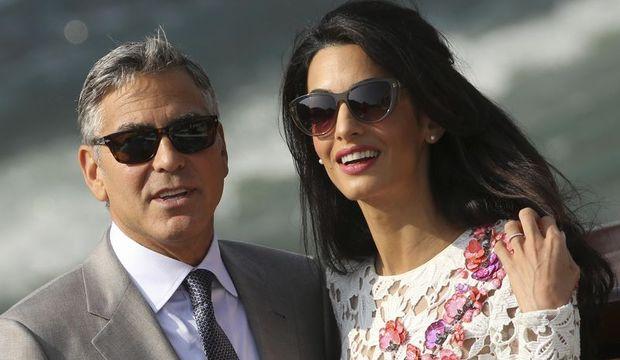 George ve Amal sonunda evlendiler