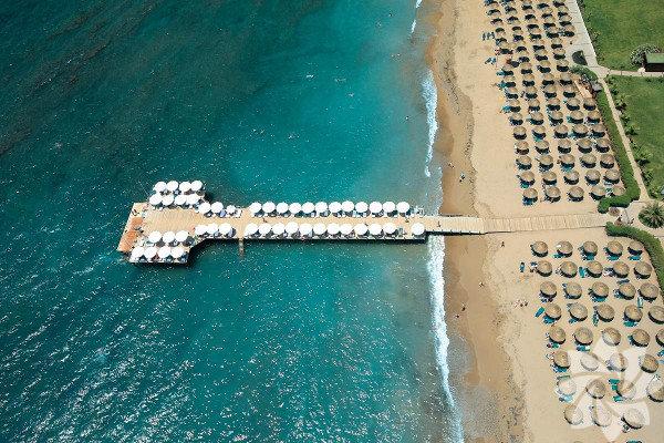 Antalya - Voyage Sorgun Balayında güneş, kum, deniz diyen çiftler için ekim ayında da sıcak havasıyla Antalya...