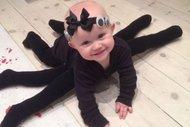 Cadılar bayramı kostümlü bebekler