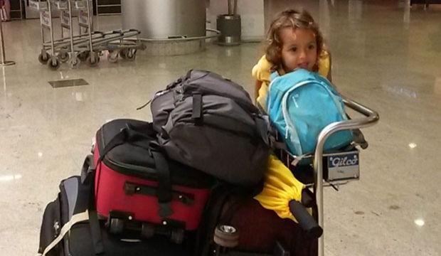 Çocukla uçak yolculuğu... (20 saat!)