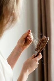Saçlarınız çok dökülüyorsa...