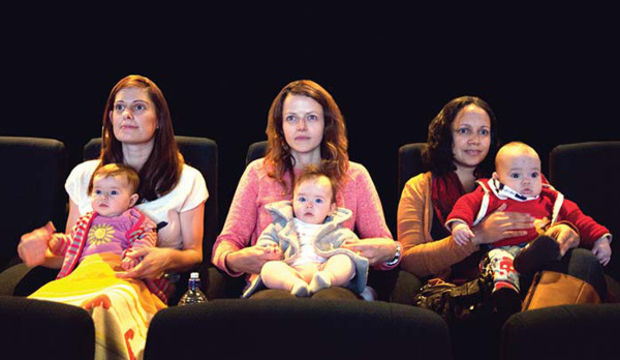 Bebekle sinema keyfi