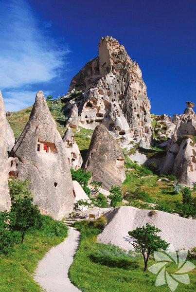 Kapadokya pers dilinde Güzel Atlar Ülkesi demektir.