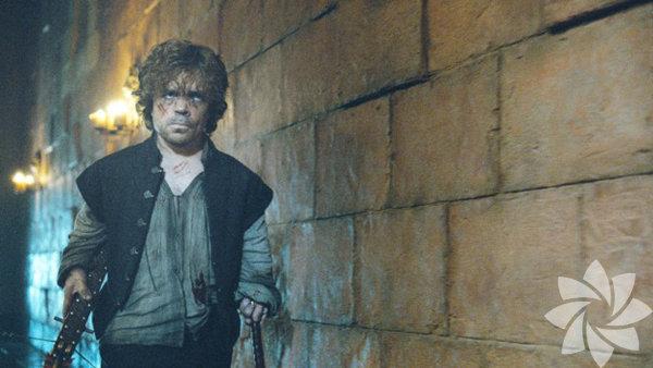 Tyrion, Tywin'i öldürdü. Jamie tarafından hücresinden çıkarılan Tyrion, aklındaki birkaç önemli şeyi yapmayı ihmal etmedi: babasını ve sevgilisi Shae'yi öldürmek. (gerçi sevgilisini, babası ile yattığını öğrendikten sonra öldürmeye karar verdi.) Ve Varys'in yardımıyla gemiyle, bir sandığın içerisinde saklanarak King's Landing'den kaçtı.