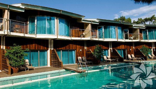Antalya – Beldibi – Rixos Sungate Otel Mayıs ayı! Sezon açıldı artık Akdeniz'e inme vaktidir. Antalya'da denizin tadını çıkarabilirsiniz.