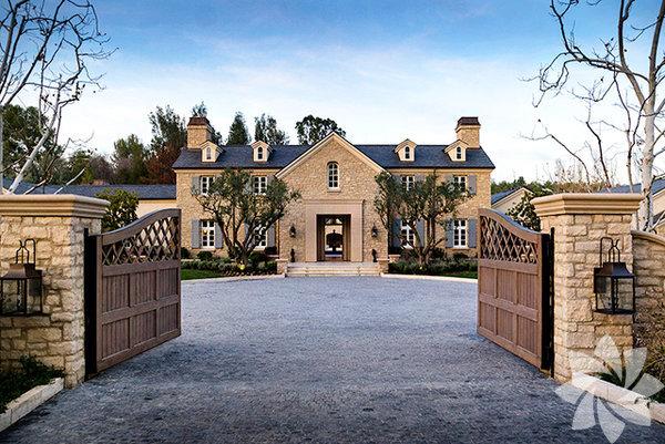 Dünyaca ünlü starlar Kim Kardasian ve Kanye West'in yeni evi...  Kim Kardashian ve Kanye West'in evi