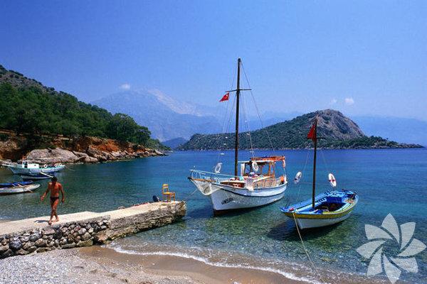 Bozcaada, Türkiye'nin 3. büyük adası.