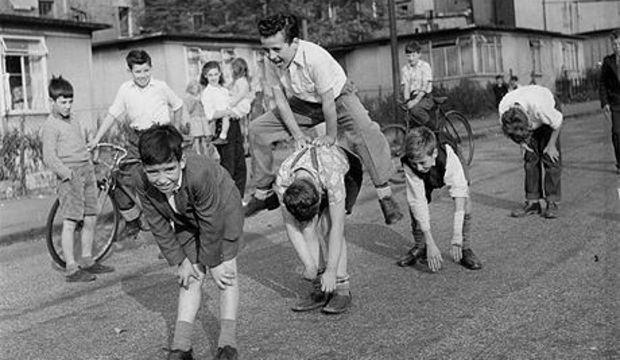 Sokakta oynamayan çocuk hasta oluyor