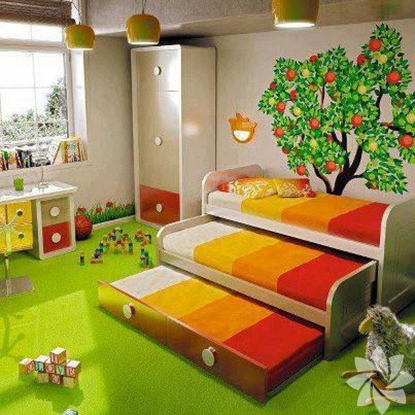 Tek bir çocuk odasında 3 çocuk yatırmak mümkün, büyük bir gardolap alıp yanında da bu üçlü içiçe geçmeli yataklardan alarak bunu yapabilirsiniz.