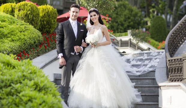Hatice Şendil evlendi!
