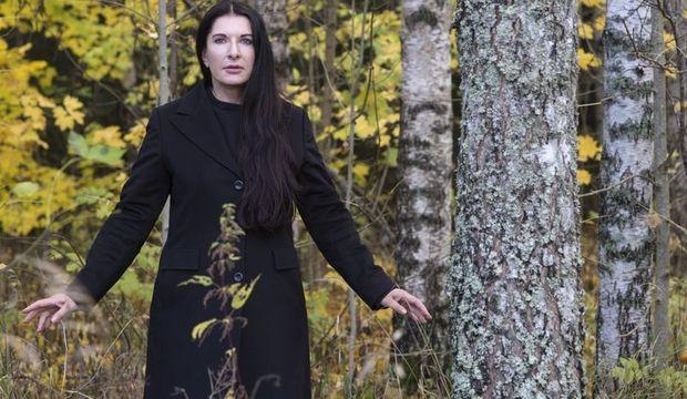 Marina Abramoviç: Gösterilerimde kimliğimi unuturum